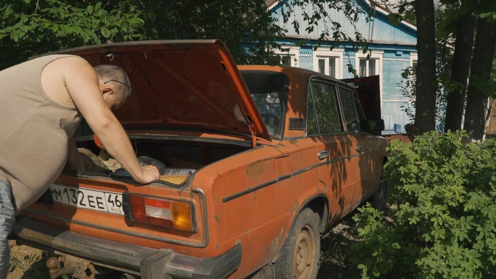 180519a7 kursk 0001.00_20_38_13.standbild013_starless-in-stalingrad_dokumentarisches-labor