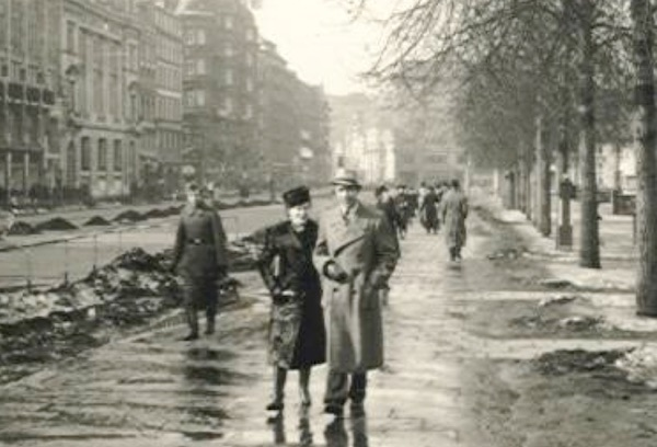 Starless-in-Stalingrad-Max-Breuer1_Jungfernstieg